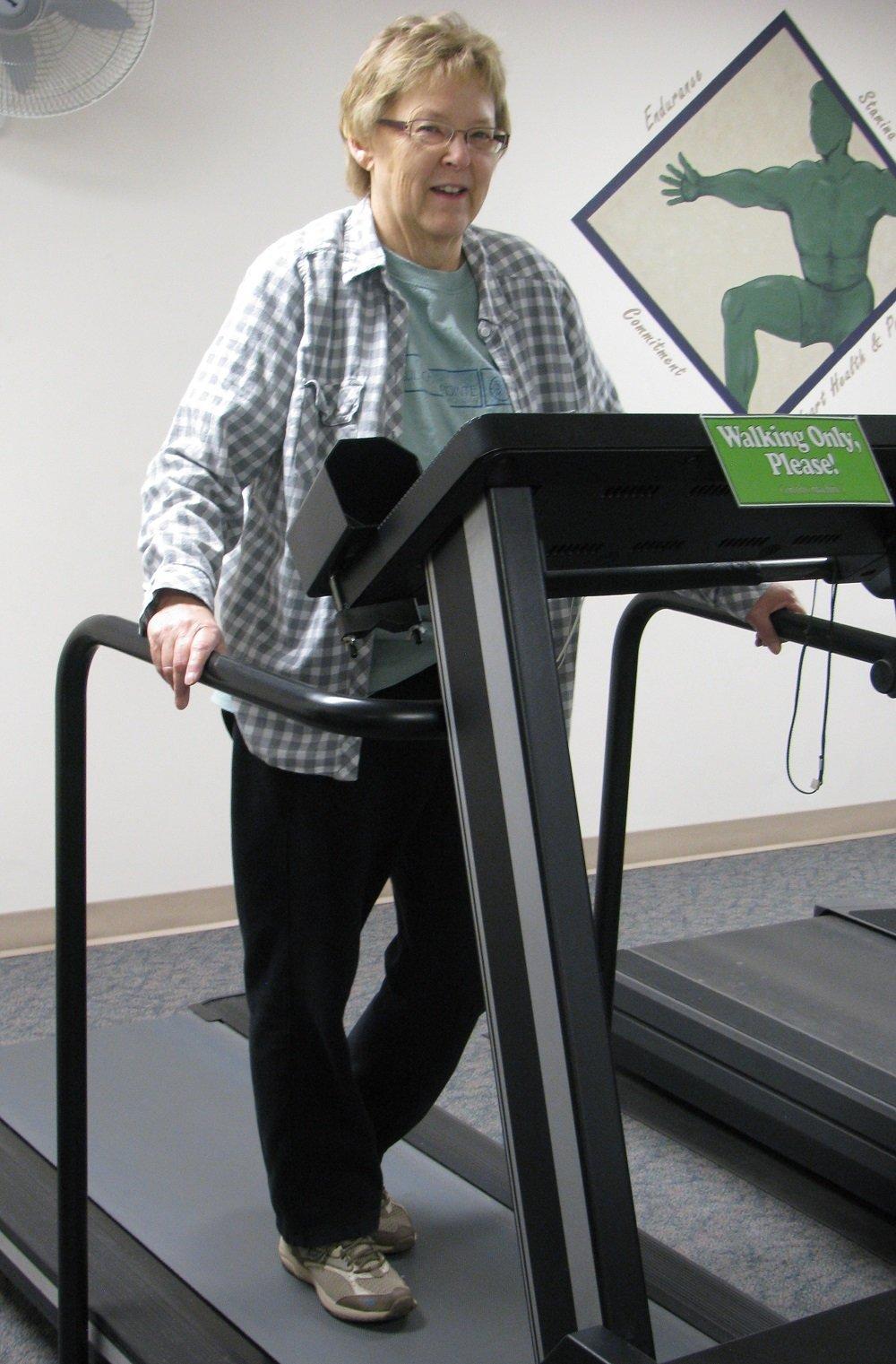 Lynne Rahilly walking on a treadmill