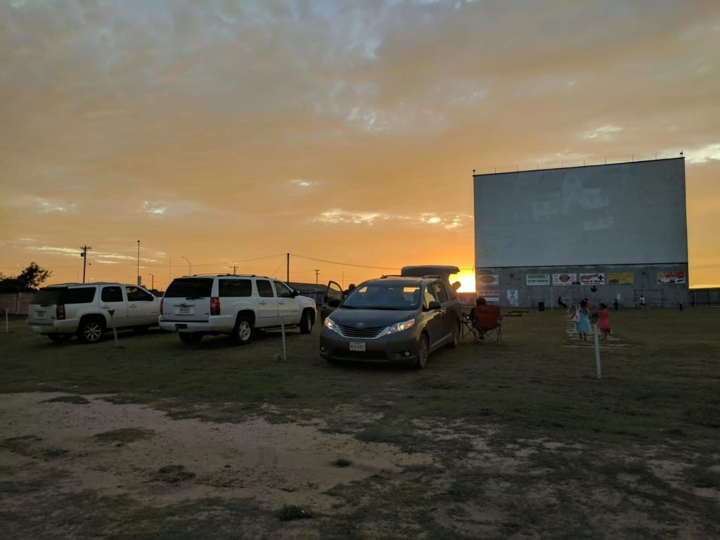 15 Drive In Movie Theaters To Check Out In Texas Aceable