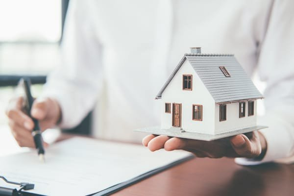 legal contracts in buying a house in georgia