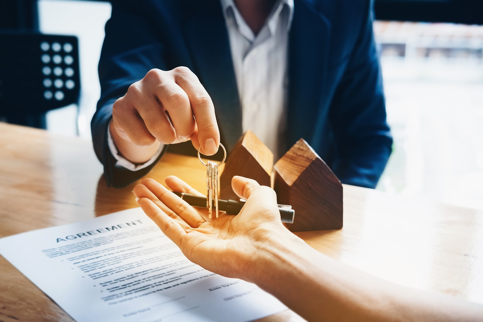 Key tips to keep your Virginia Real Estate license.
