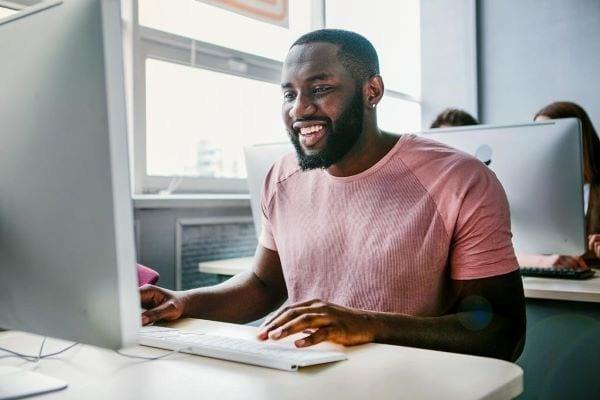 man taking viriginia real estate exam aceableagent.com