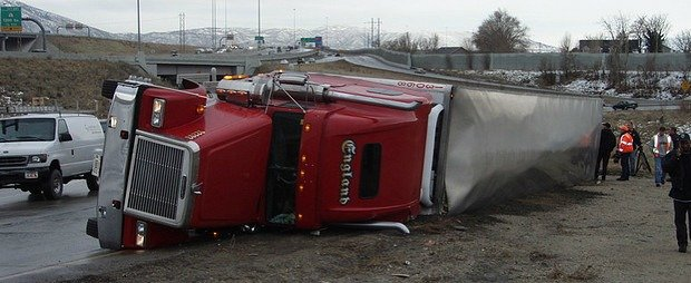 tractor-trailer-accident