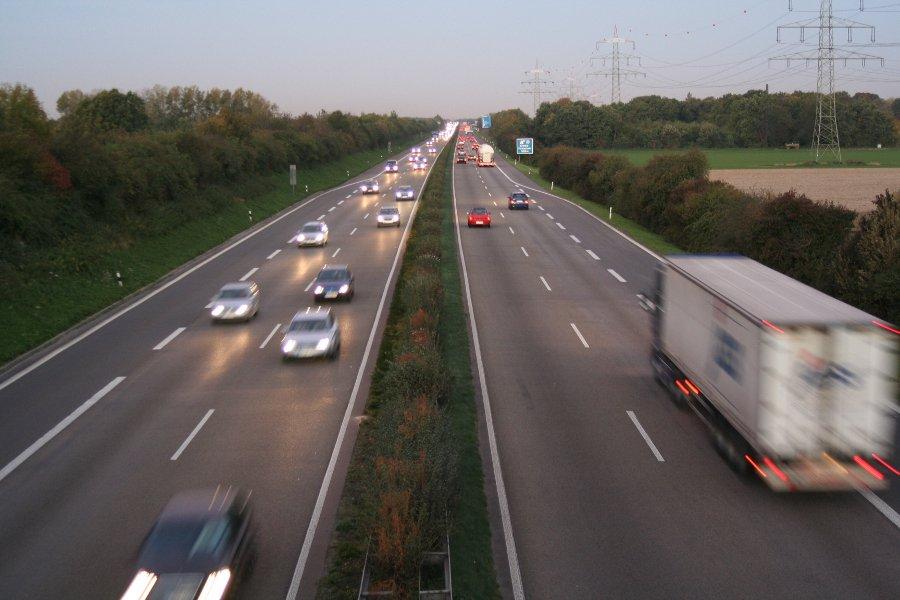Autobahn_A44_1