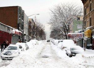 h-snow-covered-city-street-02
