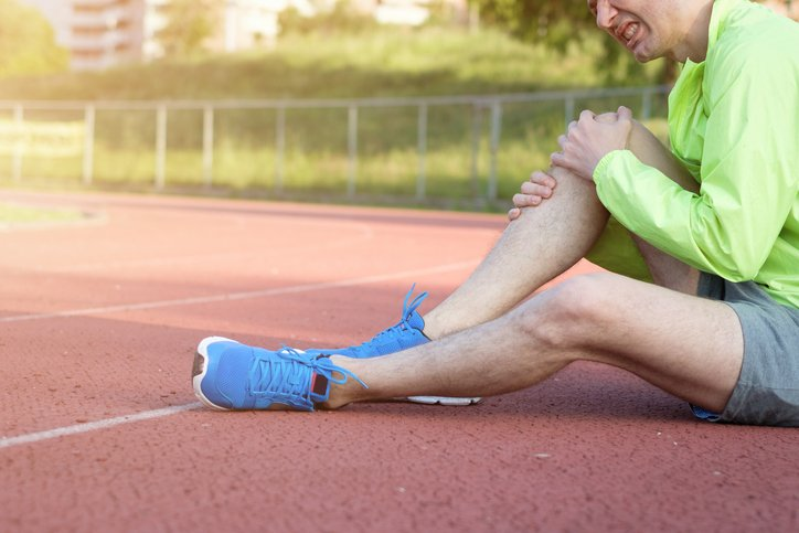 What is the recovery time for an MCL tear?
