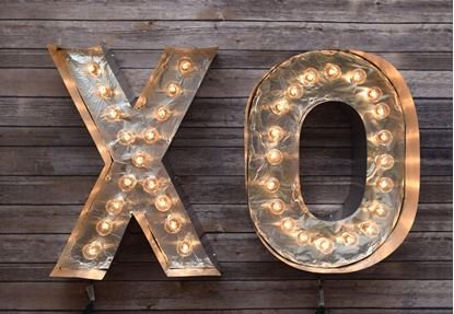 featured image of Build Your Own Marquee Letters with Different Types of Glue article