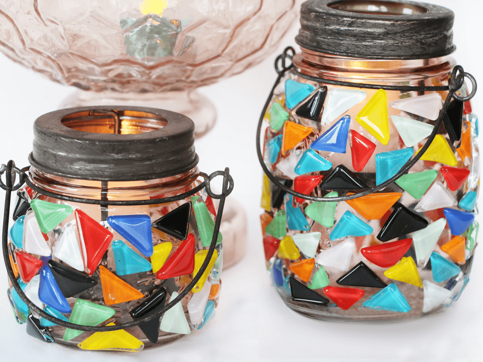 featured image of DIY Mason Jar Crafts article