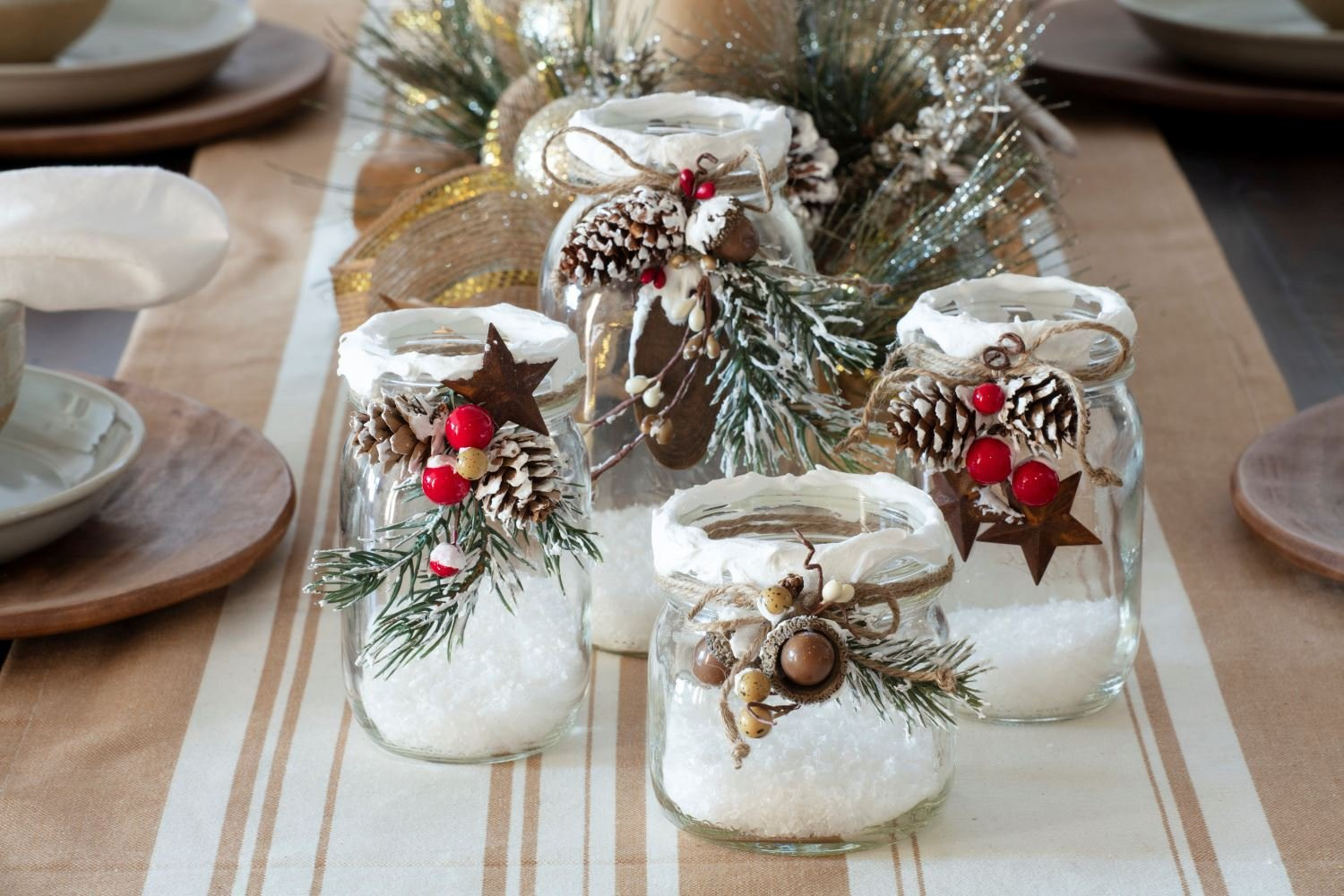 featured image of Budget-Friendly Holiday Decor Ideas that Make a Statement article