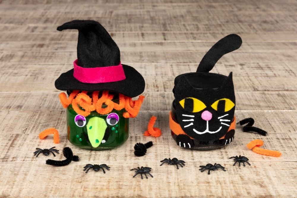 featured image of Craft Ideas for Halloween article
