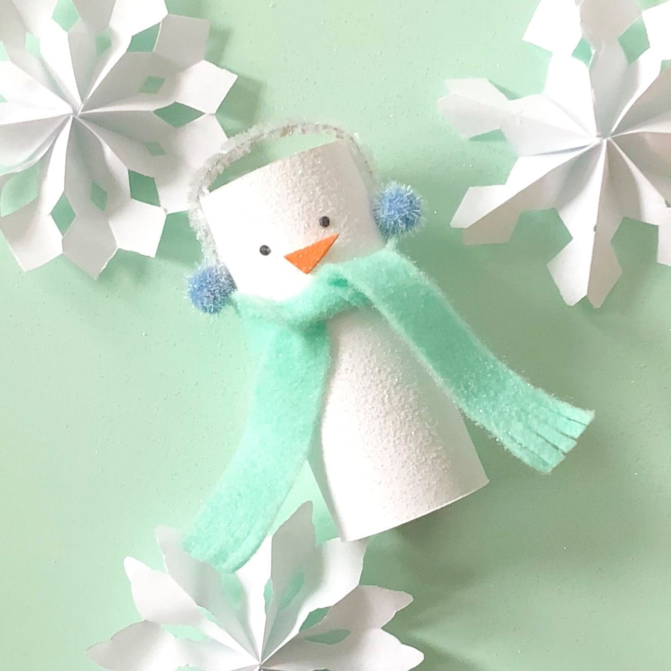 featured image of Indoor Crafts for Kids to Beat Those Cold Weather Blues article