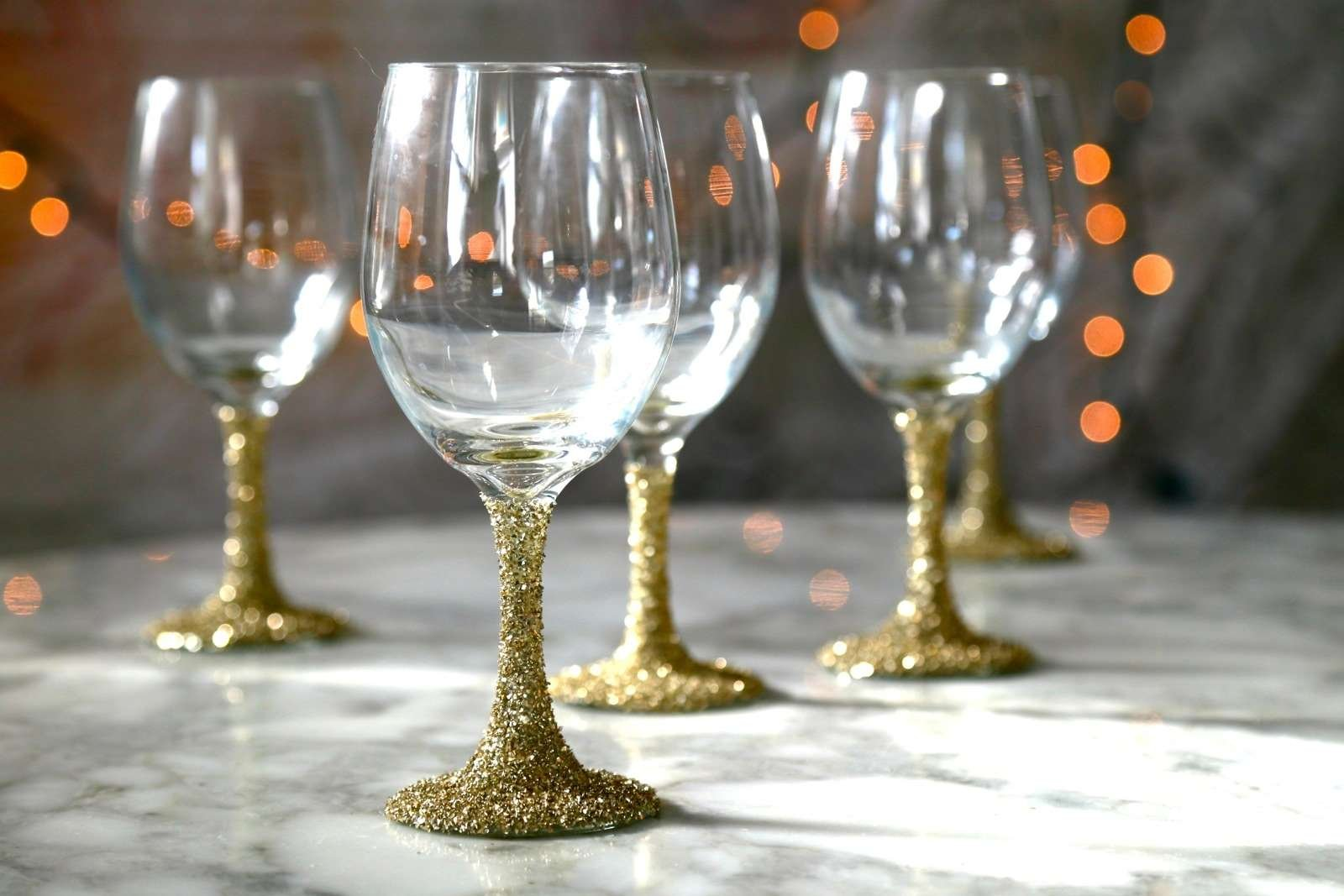 featured image of Do It Yourself Christmas Crafts with Glitter article