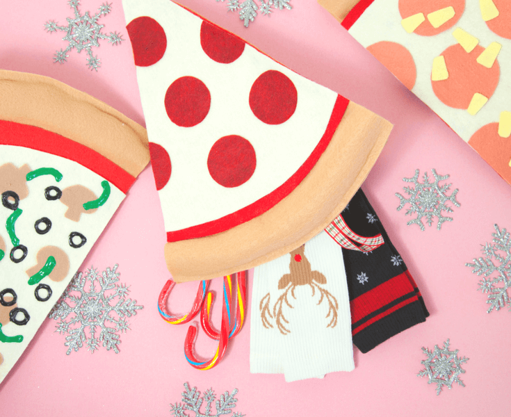 featured image of 8 DIY Christmas Crafts for Kids article