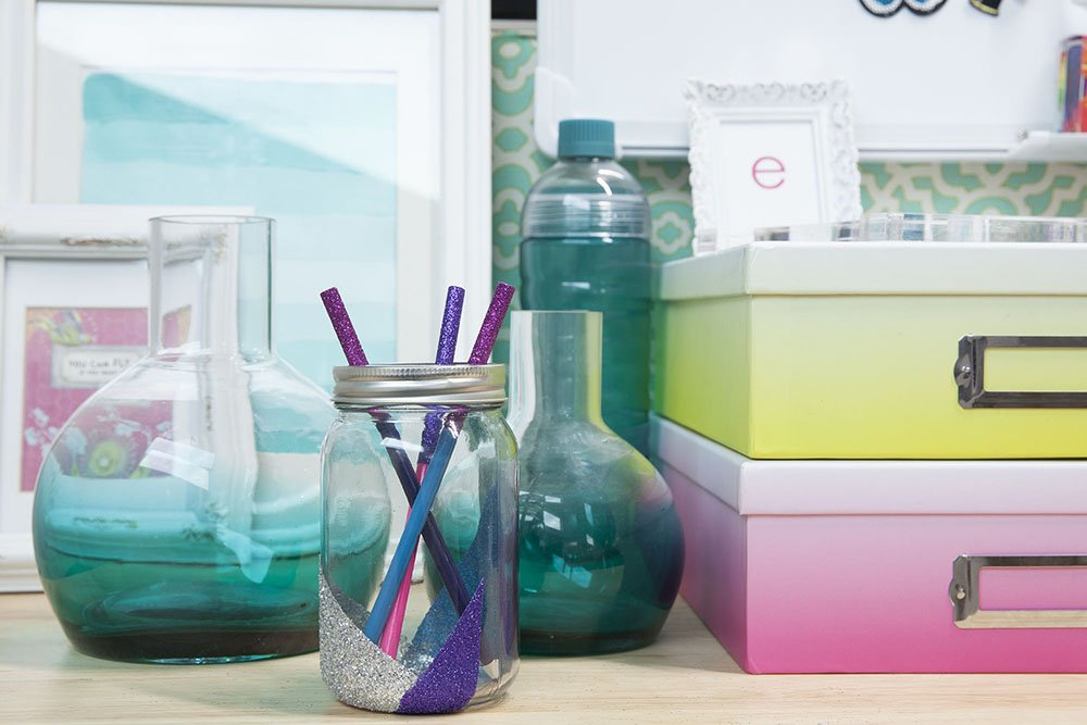 featured image of Cheap Organizing Ideas for Your Desk article