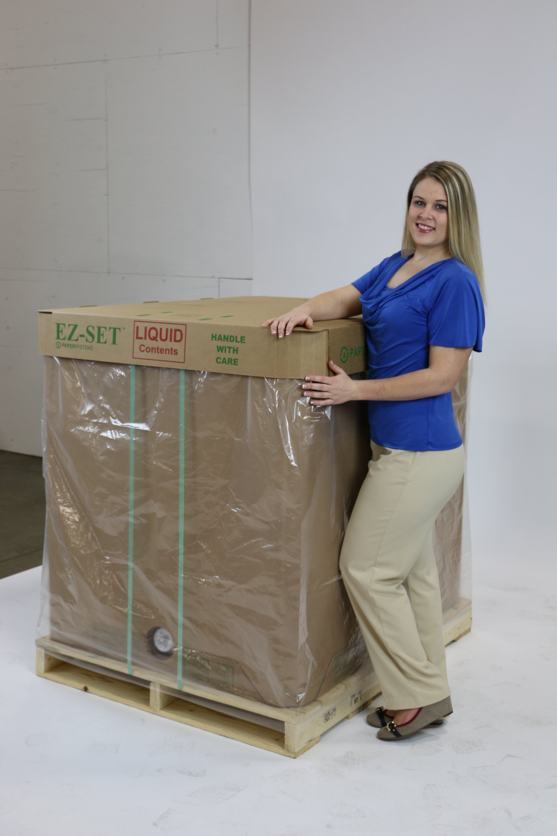 Disposable liquid tote ready to ship