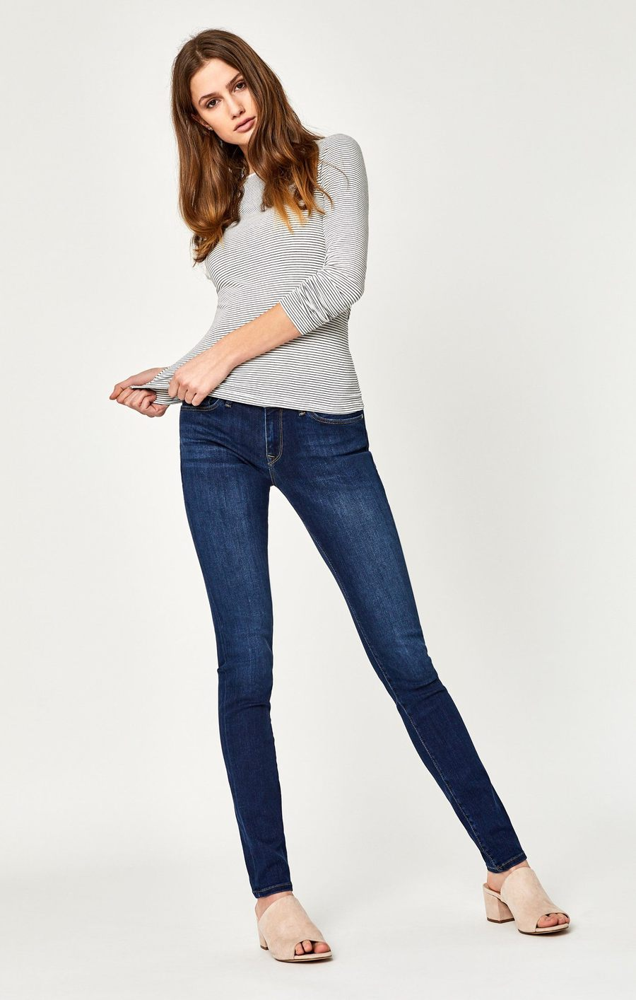 Alexa Mid-Rise Skinny Jeans in Dark SuperSoft